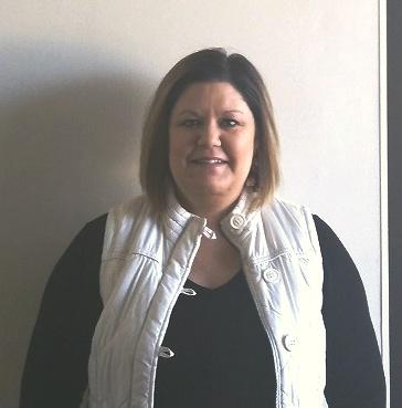 Peoples Bank & Trust - Altamont Volunteer Cheri Myers