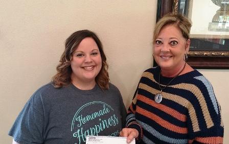 Peoples Bank & Trust - Altamont Volunteer Jessi Scholes