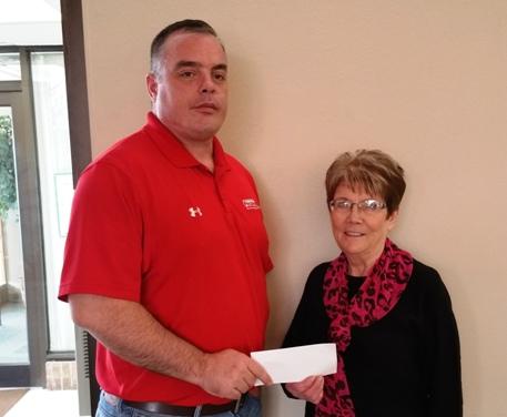 Peoples Bank & Trust - Altamont Volunteer Lois Frost