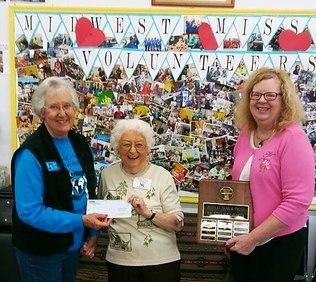 Peoples Bank & Trust - Chatham Volunteer Marilyn Markus