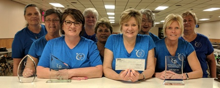 Peoples Bank & Trust - Taylorville Volunteer Amy Booker