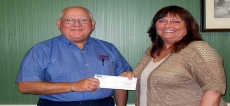 Peoples Bank & Trust - Taylorville Volunteer Dee Krueger