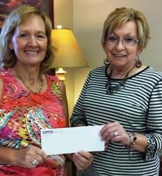 Peoples Bank & Trust - Taylorville Volunteer Linda Smith