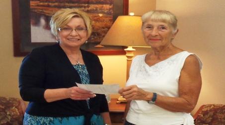 Peoples Bank & Trust - Taylorville Volunteer Geri Niemann