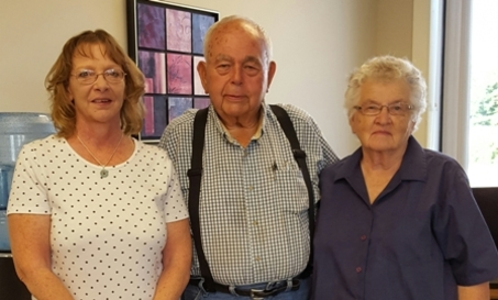 Peoples Bank & Trust - Waverly Volunteer Jim Moffet