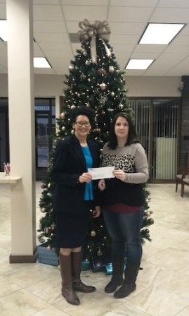 Peoples Bank & Trust donates $5000 to the Pana Education Foundation.